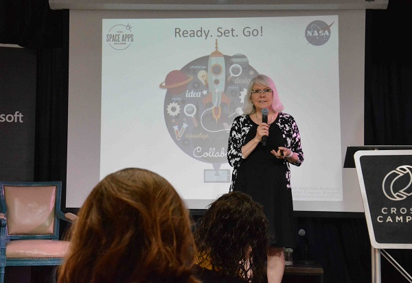 NASA's Beth Beck tells audience that code is just a language