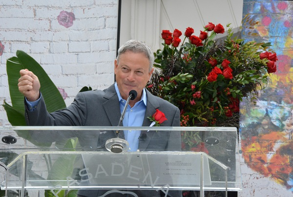 Gary Sinise closeup from the lectern