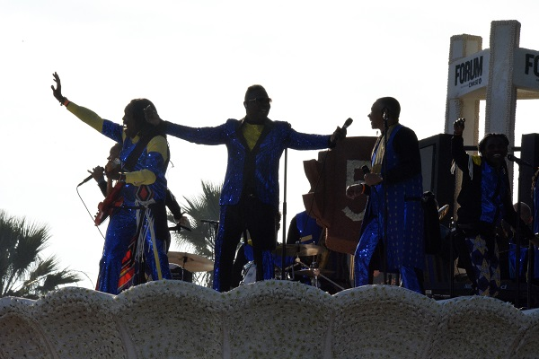Earth Wind and Fire perform atop Forum 50 float in the 129th Rose Parade