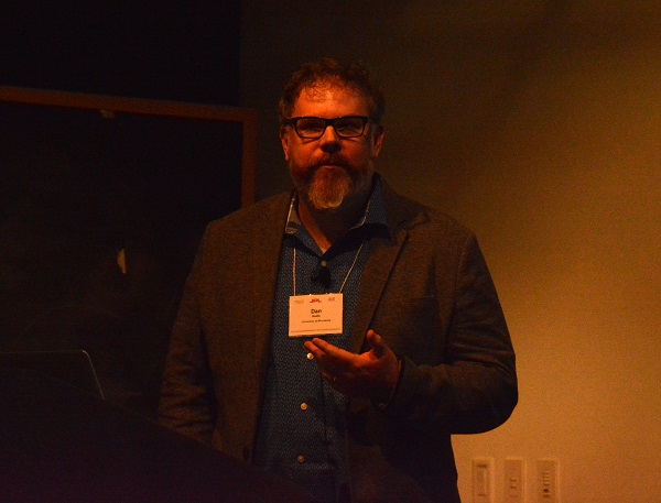 Professor Dan Keefe makes a point at Keck Institute symposium